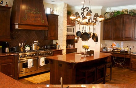 How to flaunt kitchen beauty by installing granite countertops?